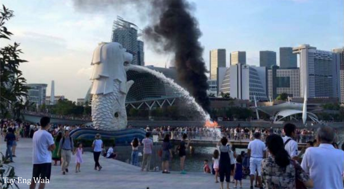 merlion-put-out-fire