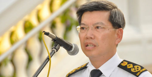 Ex-SCDF chief, Peter Lim, is proof that high salaries prevent monetary corruption.