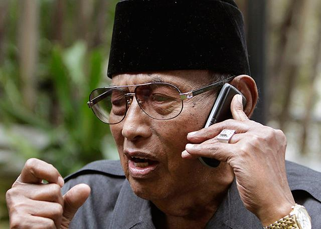 The Sultan of Sulu, the embodiment of active ageing.